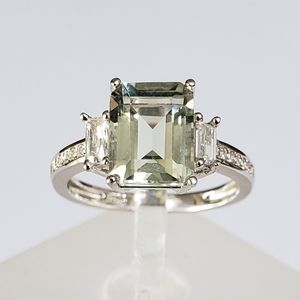 Jewelry - 2ct Emerald Cut Green Amethyst Ring